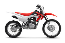 One size doesn't fit all—or it almost never fits perfectly. At least if we're talking about motorcycles for fast-growing younger riders. Well, here's the solution: Honda's CRF125F Big Wheel. Sized to fit taller riders just right, but without putting them on a bike that's too big. One that gives them too much power too soon.